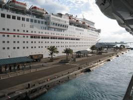 coronavirus op cruise schepen